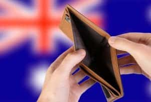 Empty Wallet with Flag of Australia. Rec (CC BY 2.0) by wuestenigel